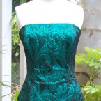 Green embossed fabric plus sleeves bustier: size 10